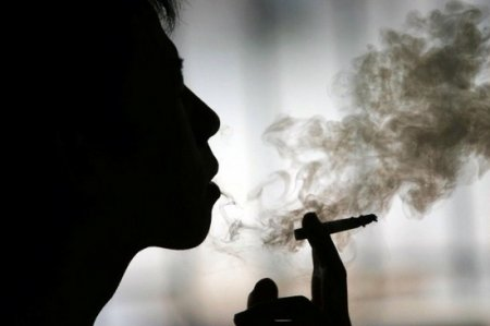 Smoking Marijuana Indoors? Find Out How to Limit the Odor